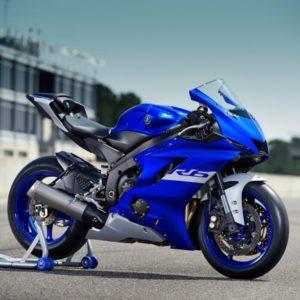 Yamaha YZF-R6 blue