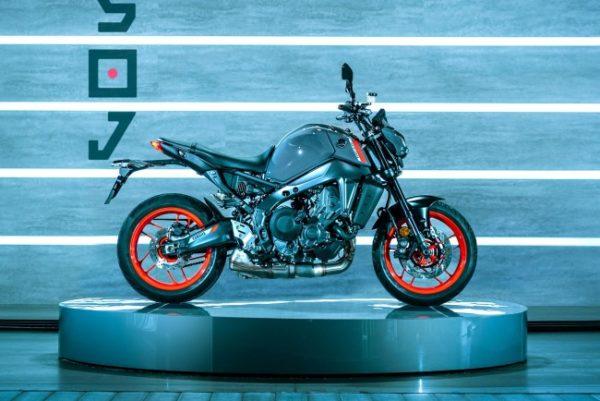 2021 yamaha mt 09 Motorcycle