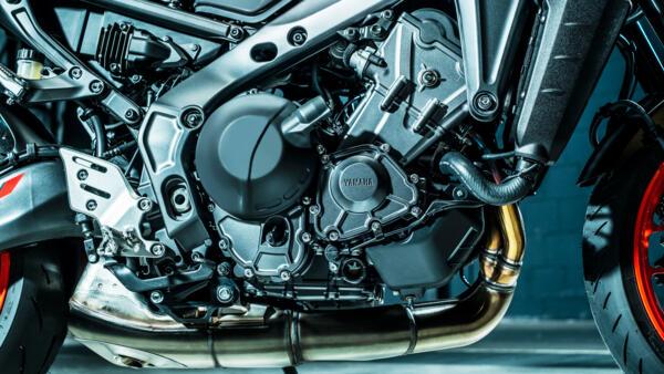 EU5 889cc CP3 Engine