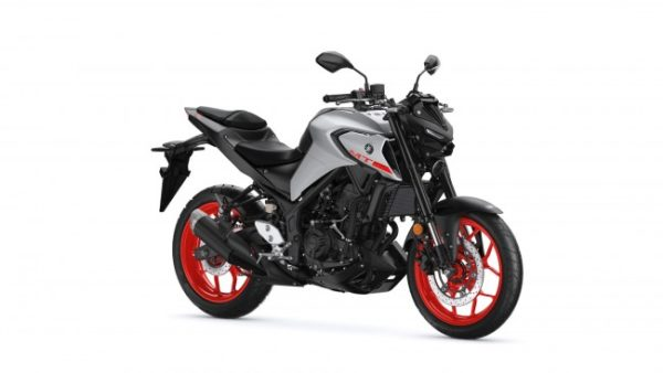 Yamaha MT-03 Red Wheel